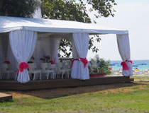 The wedding gazebo at So Nice Boutique Suites