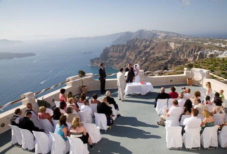 Planet Holidays Santorini Is A Popular And Very Stunning Wedding Destination